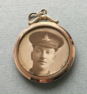 Ww1 Locket 9Ct Gold  Two Sides Picture Of Soldier & Baby
