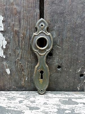 VTG Old SMALL Shabby Rustic Fancy Metal Keyhole Door Knob Backplate JEWELRY