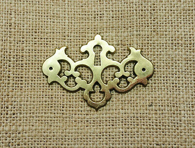 Vintage KEELER Brass Chippendale Keyhole Cover Escutcheon Backplate Hardware