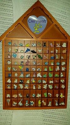CLAY-MATES minature sculpts150 Plus 2 Wooden Display and tweezers collectable