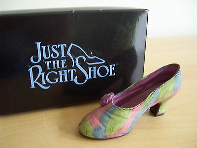 Raine Just The Right Shoe Rose Court #25009