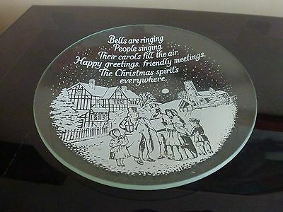 "Decorative Christmas plate .(6"" wide)"