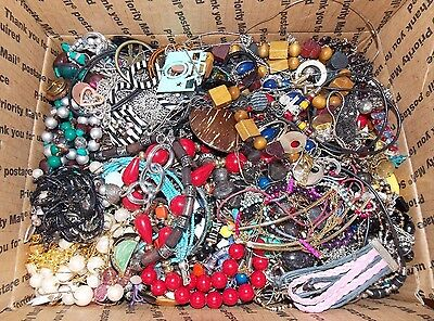 HUGE 14.6+ lbs Costume Jewelry Lot for Wear Repair Craft   L1