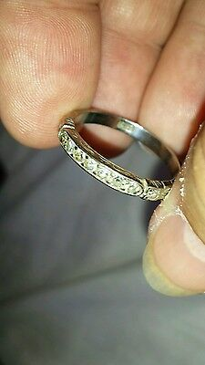 Solid 18ct white gold Vintage diamond ring.  size Q.