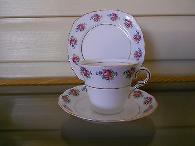 Vintage Colclough Cup Saucer Plate Trio Pink Floral Rose Pattern - Lovely !!!