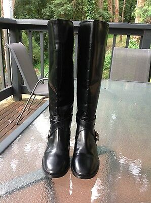 Marc by Marc Jacobs black leather boots size 39