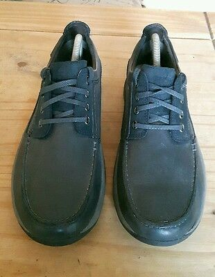 mens Clarks black/navy leather/suede shoes Size uk 8.5 great condition