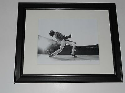 """Framed Queen Freddie Mercury 1985 on Stage Live Aid Poster 14"""" by 17"""""""