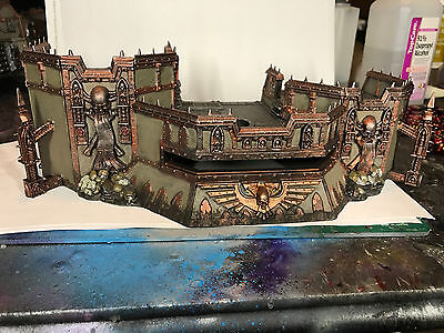 Warhammer 40k Wall of Martyrs: Firestorm Redoubt  Painted Space Marine GW
