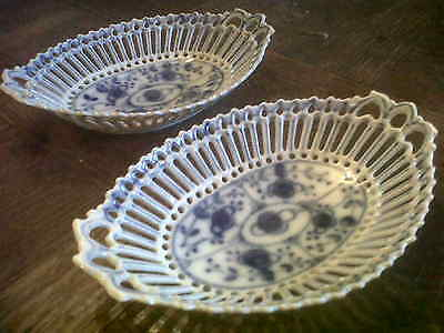 Pair Vintage Blue And White Reticulated Dishes  -7.5 Inches Long
