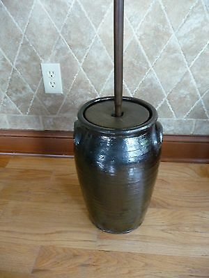 Fabulous Catawba Valley 3-Gallon Butter Churn with handle and lid