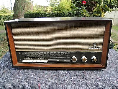 Vintage Grundig Type 3040 Wooden Tube Radio - W. Germany Rare!