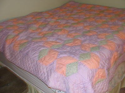 Vintage Hand Stitched Hand Quilted Quilt Great Condition Full Queen