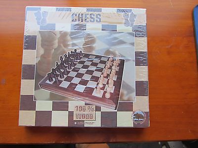 NEW Domino Solid Wood Chess Set in Wood Box, Made in Germany