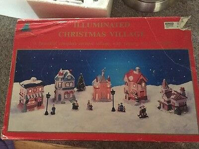 Small Porcelain Lighted Christmas 5  Houses   & Accessories