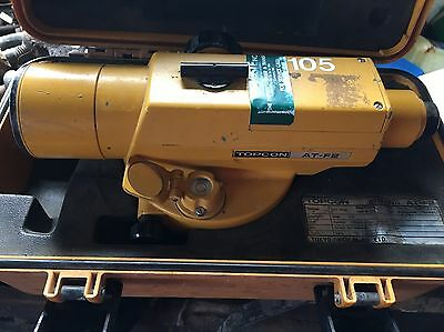 Topcon AT-F2 High Accuracy Engineers Grade Auto Level Used With Case