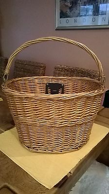 Wicker Detachable Basket For Bicycle With Carrying Handle & Attachment