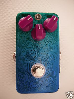 DS1 distortion pedal clone - custom finish