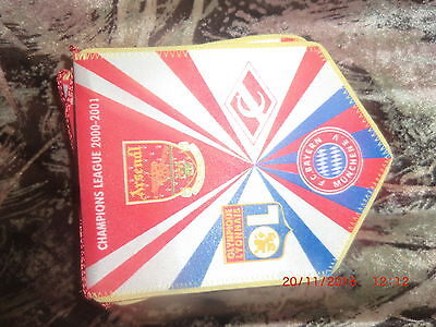 pennant champions league group 2000.01 Arsenal,  Bayern, Olympique , Spartak