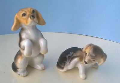 Pair Of Miniature Pottery Beagle Puppies