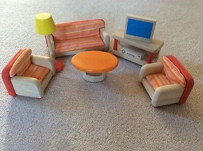 1:12 Pintoy Dolls House Lounge Set, solid wood