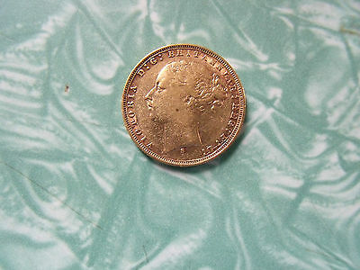1875 s young head sovereign  7.9 grams of 22ct gold