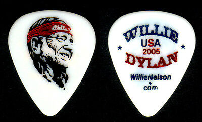 Guitar Pick - Willie Nelson - Willie & Bob Dylan 2005 Tour - Real Tour Pick