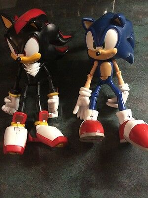 """Sonic The Hedgehog And Shadow 7"""" Figures"""