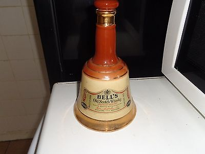bells wade whiskey decanter