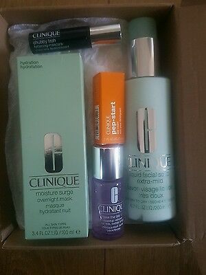 Clinique skin care gift set *NEW*