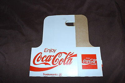 Coca- Cola 1970's vintage cardboard 2-bottle carrier