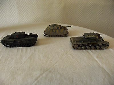 3 Chars Militaires 1/72 - 1/87