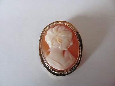 VINTAGE 9ct GOLD SHELL CAMEO BROOCH PENDANT