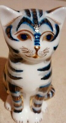 """ROYAL CROWN DERBY PAPERWEIGHT  """" Striped Cat """" Silver Stopper"""