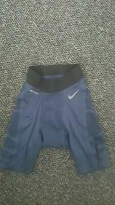 Small nike baselayer shorts