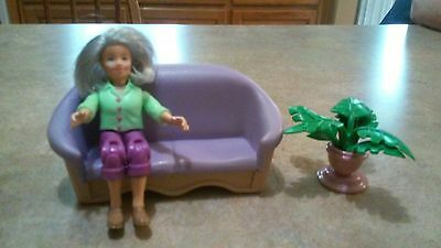 Fisher Price Loving Family Grandmother Grandma Dollhouse People Couch & Plant