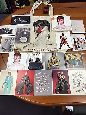 Collectable David Bowie V & A 16 Postcard Set  Bag Not Included