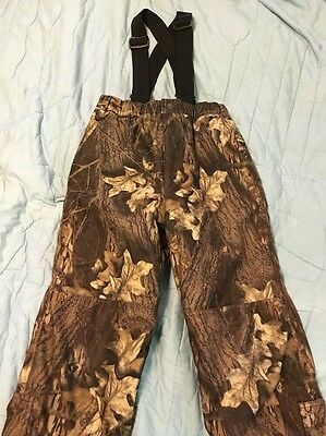 Cabela's Boys Youth size M Camo Pants w/ Suspenders Advantage Wetlands Insulated