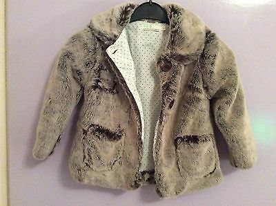 Childs Faux Fur Coat - Stunning......grey ---- 3-4 Years.........