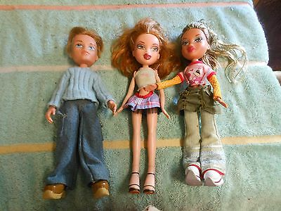 "Bratz dolls w/outfits 3-10"" high  2 girls 2001 1 boy 2003"