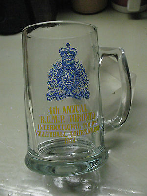 ROYAL  CANADIAN  MOUNTIES 1979 VOLLEYBALL  4 th ANNUAL TOURNAMENT   GLASS   MUG