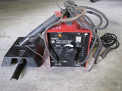 OZITO FAN Cooled ARC Welder, 140amp