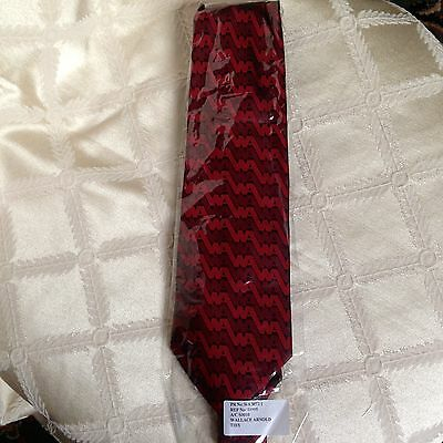 Wallace Arnold Holidays Tie