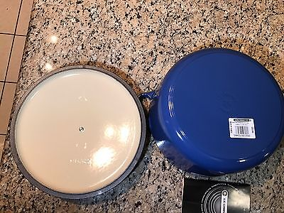 Le Creuset 5.5 Qt Round Dutch Oven Cast Iron Blue Cobalt  #26
