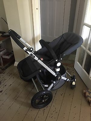 Bugaboo Camelion 1st Gen Chassis And Carrycot. Clean. Grey. Just been Serviced.