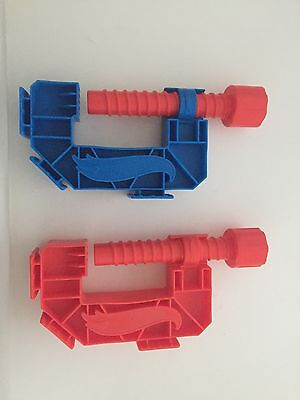 Hot Wheels Gravity Clamp Speedway Accessory X 2