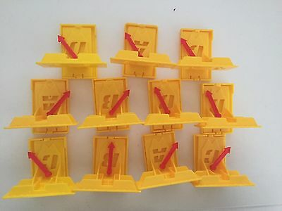 11 X Spare Hot Wheels Wall Brackets For Tracks
