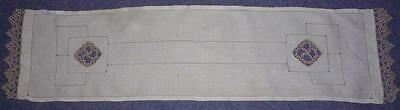 Vintage Irish Linen Tatted Edged Etc Beautifully Worked Table Runner