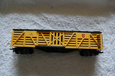 Triang Hornby R126 Cattle Freight Long Wagon - Yellow