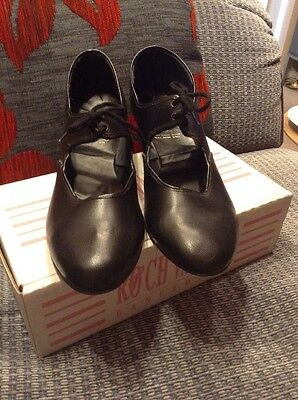 Women's Tap Shoes Size 6 Roch Valley